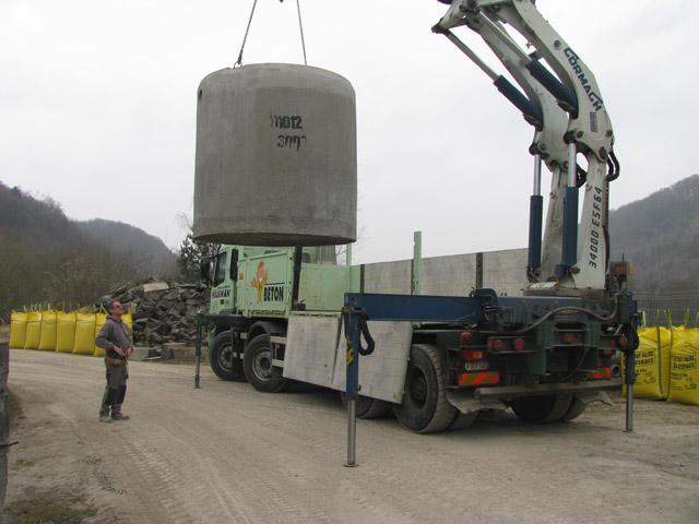 silo mortier livraison b ton pr t l 39 emploi r paration de machine makita. Black Bedroom Furniture Sets. Home Design Ideas